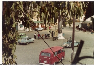 Taxi_beginning_1974_small
